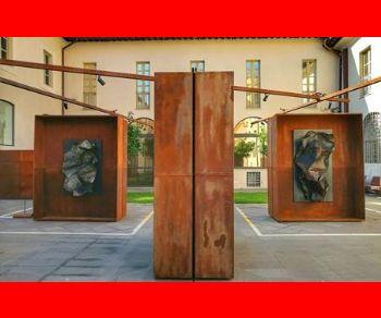 Un'installazione etica, un monumento antiretorico dedicato agli operai dell'Ilva e alla città di Taranto