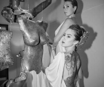 Marco Manzo in concomitanza con Andy Warhol e Pollock porta il tatuaggio come linguaggio dell'arte contemporanea del XXI secolo