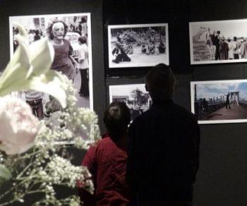 Mostra installazione sui 54 anni di attività della compagnia fondata nel 1964 da Eugenio Barba