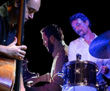 Locali - Nunzi Candela Florio Trio