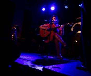 Locali: Raquel Silva Joly bossa trio