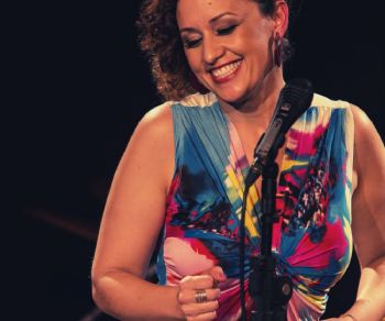 "Locali - ""Mel Freire e Christianne Neves"" (ospite speciale Eddy Palermo)"