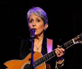 """La regina del folk torna in Italia con il """"Fare Thee Well"""" tour"""