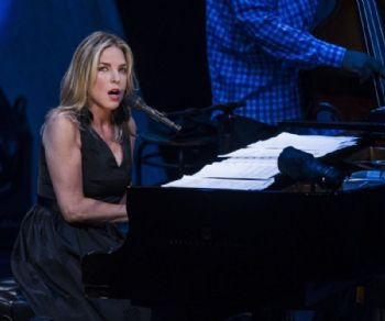 La famosa cantante e pianista jazz torna a Roma