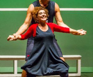 In questo spettacolo il teatro porta in scena lo sport e lo sport porta in scena la vita