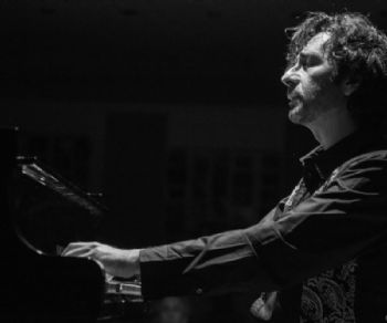 Concerti: Alessandro Conti suona Schubert, Pärt, Yoshimatsu, Otte, Chaillou, Schumann