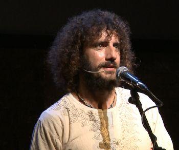 Spettacoli - Andrea Rivera dal 7 Maggio su Vimeo