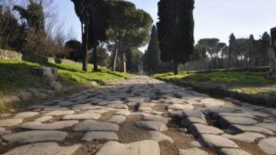 Visite guidate - Archeo-Passeggiata sull'Appia Antica