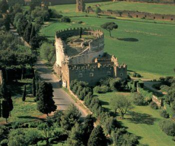 Passeggiata per la più antica via consolare romana