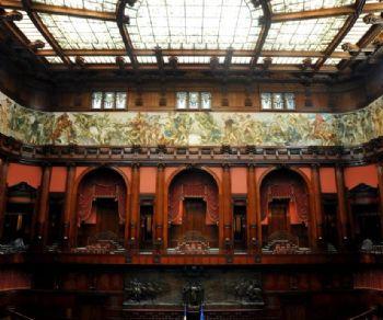 Palazzo montecitorio sede della camera dei deputati for Video camera dei deputati oggi