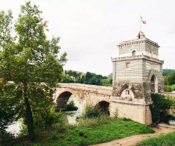 Visite guidate - Tour in bicicletta: Passeggiando da Ponte Milvio al Foro Italico