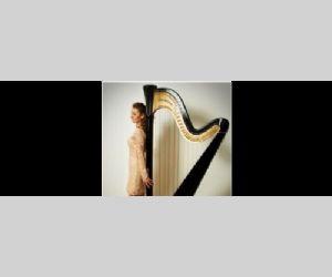 L'arpista Martina Antognozzi suona la musica come una cura per l'anima e la mente