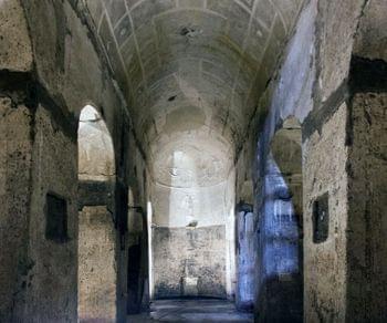 Un percorso davvero suggestivo in un luogo che ha sempre affascinato studiosi di archeologia e non solo