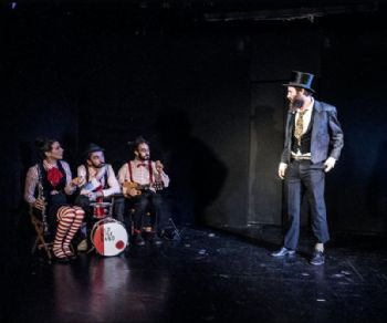 Spettacoli - C.A.B.A.R.È. Calderone Artistico Burlesco Anarchico Rigorosamente Eclettico