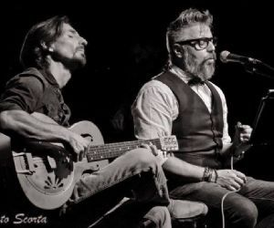 Locali - The Matchbox Duo in concerto
