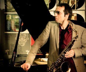 Locali - Carlo Atti & Pat Senatore Quartet dal vivo all'Elegance Cafè