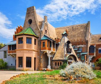 Visite guidate: Le bizzarrie di un principe a Villa Torlonia. Ingresso gratuito