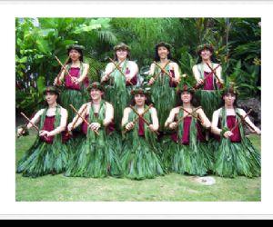 La scuola presenta la Hula, l'autentica danza hawaiana