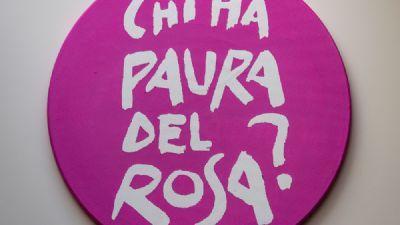 Gallerie - Ria Lussi. Chi ha paura del rosa?