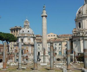 La Colonna Traiana attraverso gli splendidi disegni a carboncino del pittore neoclassico