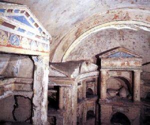 Gioiello dell'arte funeraria romana datato 14-54 d.C
