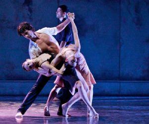 Racconto danzato di umane passioni nell'abbraccio sensuale di una musica eterna
