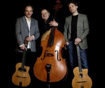 Un concerto all'insegna dello swing-manouche per un trio di sole corde