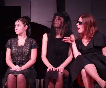 Una divertente e originale commistione tra musica contemporanea, teatro shakespeariano e british humour