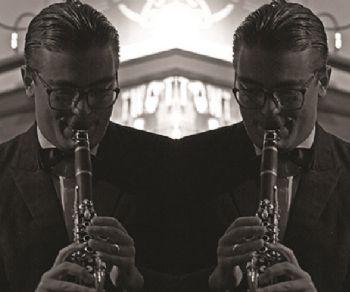 Locali - Emanuele Urso Orchestra di scena
