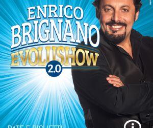 Enrico Brignano torna in scena con un'evoluzione del suo spettacolo sull'evoluzione