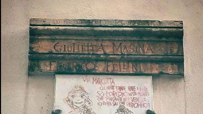 Visite guidate - Qui vissero Roma Giulietta Masina e Federico Fellini: i luoghi di un amore da oscar