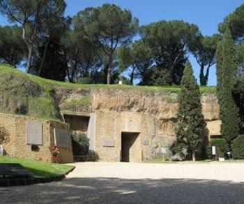 Visite guidate - Il Mausoleo delle Fosse Ardeatine