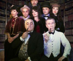 Una sera di festa da trascorrere in famiglia, tranne per Sherlock Holmes e il fido Dottor Watson