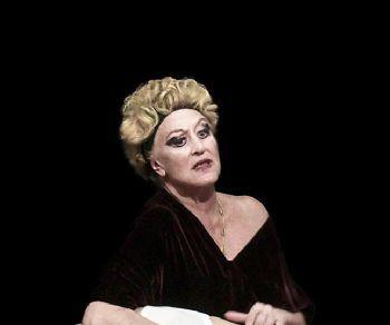Spettacoli - Ecuba di Euripide