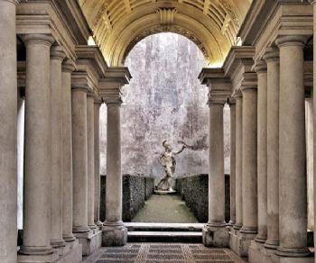 La prospettiva del Borromini a Palazzo Spada