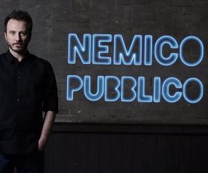 Giorgio Montanini, il Nemico Pubblico nazionale rispetta le caratteristiche della satira