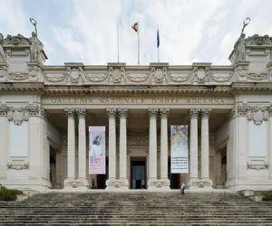 Per ammirare le opere di Burri, Fontana, De Chirico, Balla e Boccioni, Kandinsky, Mirò, Van Gogh e Cézanne