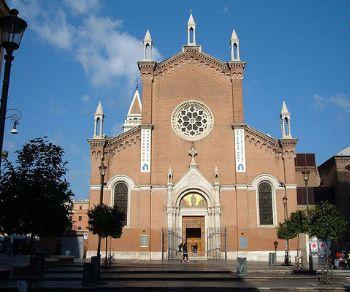 Visite guidate - San Lorenzo. Dagli operai agli studenti