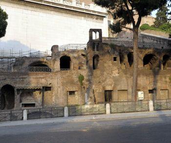 """Visite guidate - L'Insula dell'Ara Coeli, un raro esempio di """"condominio"""" della Roma imperiale"""
