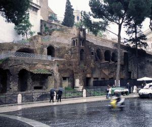 Visita guidata interna con archeologo e apertura straordinaria