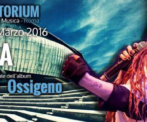 """L'artista presenta il suo ultimo album """"Ossigeno"""" all'Auditorium Parco della Musica"""