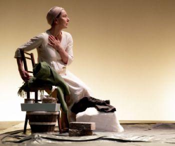 Spettacoli - Monica Guerritore in 'Nell'Anima Buona di Sezuan' di Bertolt Brecht