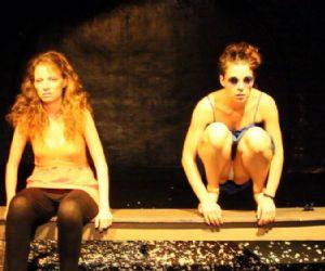 Semifinalista al Roma Fringe Festival 2015, torna in scena lo spettacolo scritto e diretto da Valentina D'Andrea