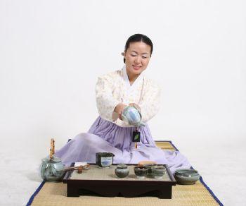 """Altri eventi - Al via con la """"Cerimonia del Tè"""" la Korea Week"""