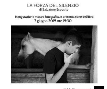 Gallerie - La forza del silenzio di Salvatore Esposito