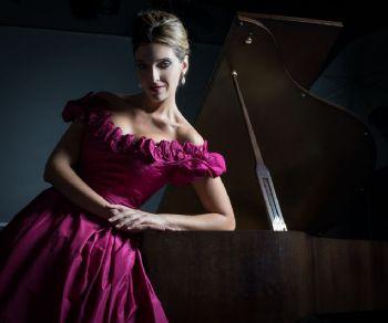 Spettacoli - La Pianista Perfetta
