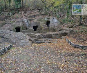 """Due visite guidate: una naturalistico-archeologica, l'altra """"poescursionistica"""""""