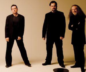 La storica band italiana proporrà 50 anni di musica in una sera