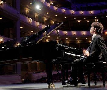 Il festival prosegue con Alessandro Pierdomenico e le eccellenze della musica classica italiana
