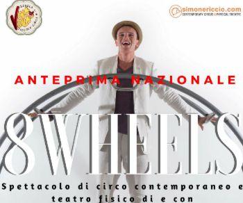 Uno spettacolo dinamico tra circo contemporaneo e teatro fisico
